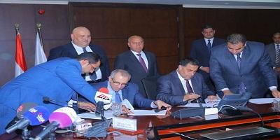 وزير النقل يشهد توقيع عقود بين هيئة السكك الحديدية وشركة بروجريس ريل لوكوموتيف، الامريكية (PRL)