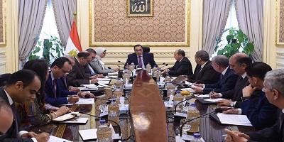 رئيس الوزراء يعقد اجتماعًا لبحث التحديات التي تواجه المستثمرين في قطاع الدواء