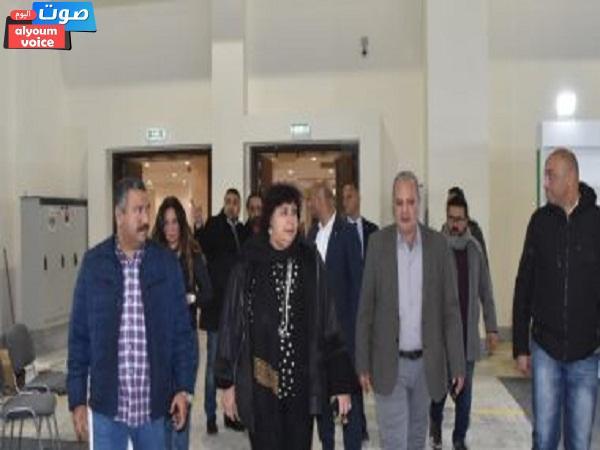 وزيرة الثقافة تتفقد الترتيبات النهائية لافتتاح معرض القاهرة للكتاب