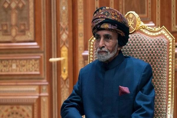 شبيه السلطان قابوس يثير ضجة في سلطنة عمان (فيديو + صور)