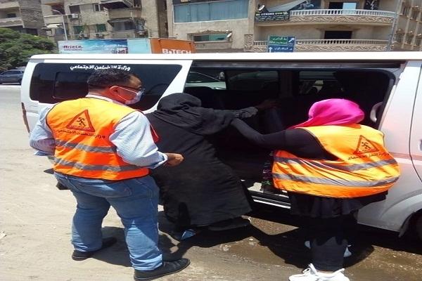 """""""القباج"""" توجه بإنقاذ سيدة مُسنة تخلى عنها نجلها وتركها بالشارع بلا مأوى"""