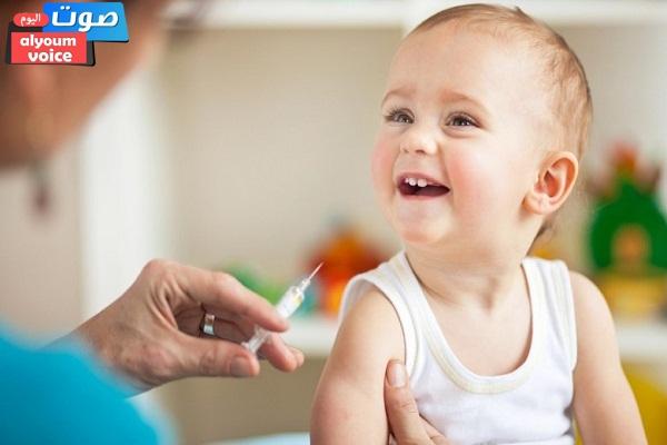 """""""الوزراء"""" ينفي تجريع الأطفال حقن كتطعيمات ضد شلل الأطفال تسبب العقم"""