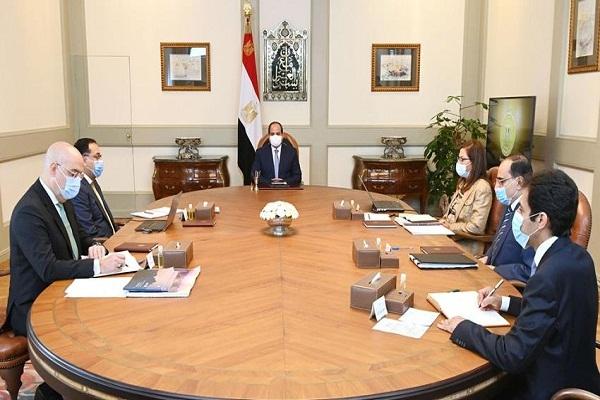 الرئيس السيسي يعقد اجتماعًا لاستعراض مشروعات تنمية الساحل الشمالي الغربي لمصر