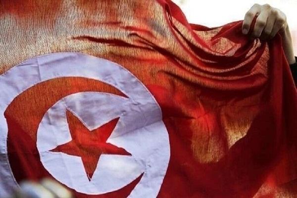 """""""سيلفي الطلاق"""" يثير جدلًا في تونس (صورة)"""
